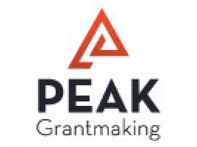 peak grantmaking vertical logo